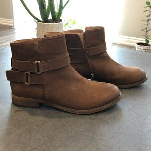 FRANCO SARTO • leather booties